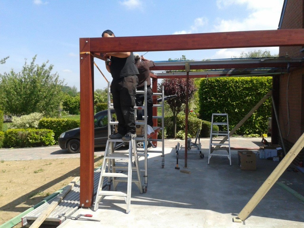 Montage pergola bois for Photo pergola bois
