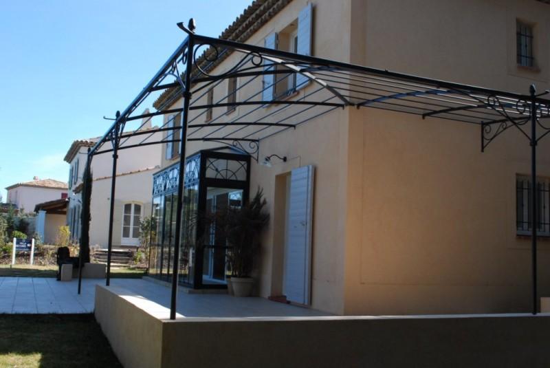 pergolas fer forgé pour terrasse
