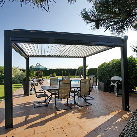 prix pergola aluminium maison design. Black Bedroom Furniture Sets. Home Design Ideas